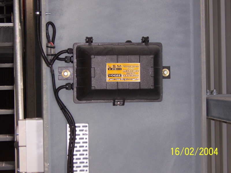IP67 Electrical Control / Connection / Transformer Enclosure with Warning Reset / Manual Cycle Activation
