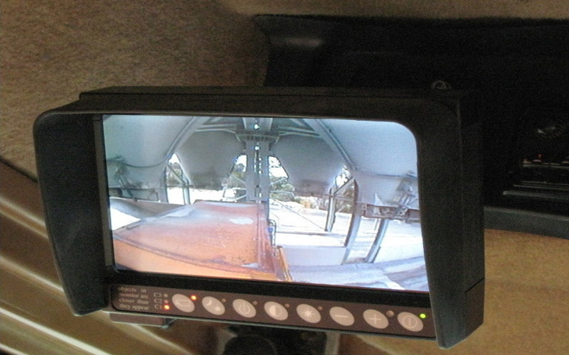 LCD Monitor view of the Bays / Silos and Chutes views form the Cabin of the DTruck