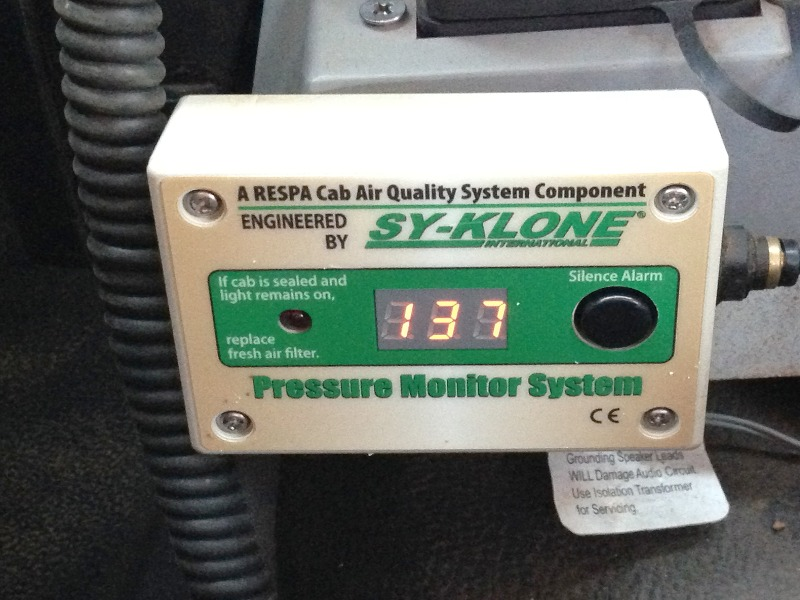 In- Cabin Pressures Sensor / Warning Unit- Cabin Pressurisation of >120 pascal
