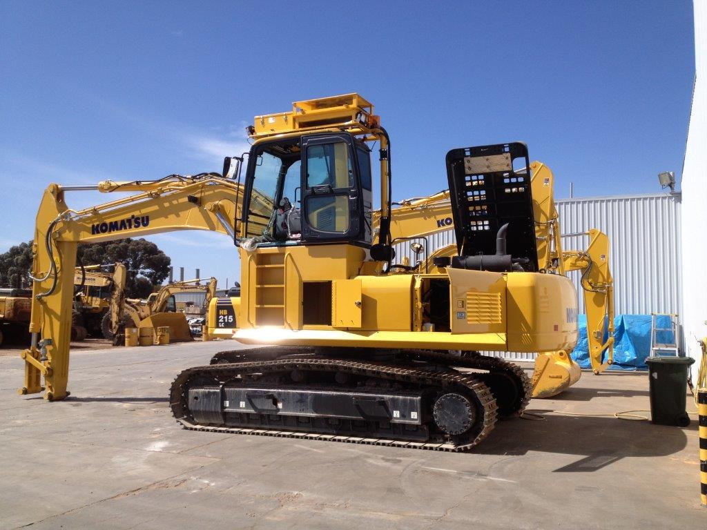 Excavator with Air- conditioning + High Ambient Condensor Upgrades + RESPA Cabin Pressuriser and Filtration Unit