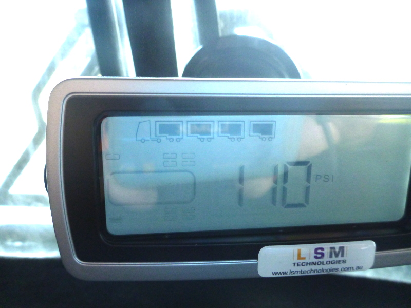 In- Cabin Monitor Display providing visual and audible alerts for Tyre Pressure and Temperatures